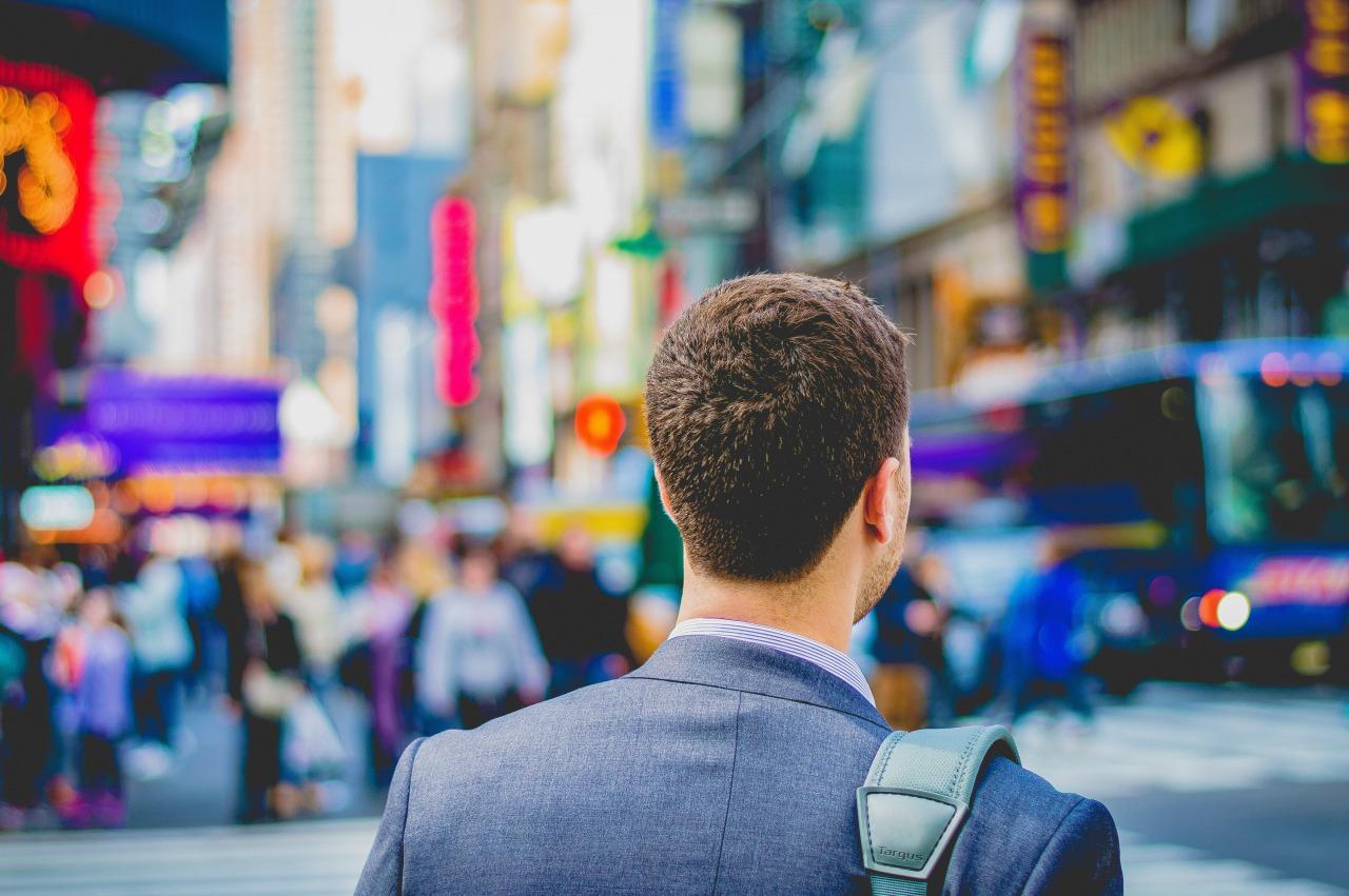 契約社員から正社員になるには転職がおすすめな3つの理由