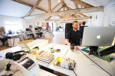 大学中退からWebデザイナーになるための最も効率的な方法とは?